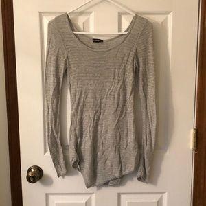 EXPRESS Slightly asymmetrical light grey sweater